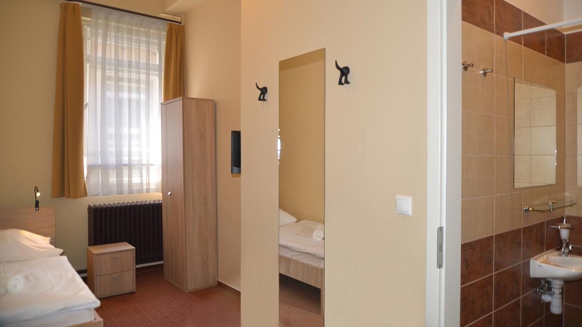 Basic-szoba (1)